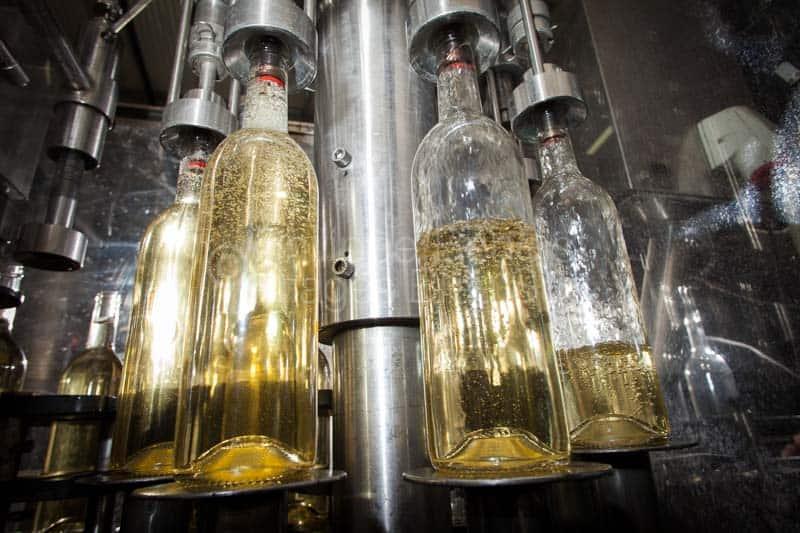 assistant-commercial-viticole-languedoc-roussillon-herault-montpellier-pic-saint-loup-gard-nimes-beziers-narbonne-occitanie-bureau-des-viticulteurs-19